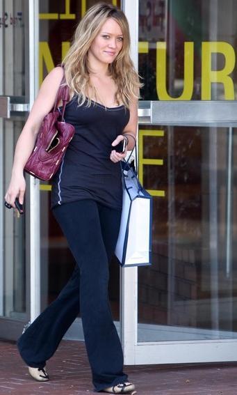 zakupy z Hilary Duff
