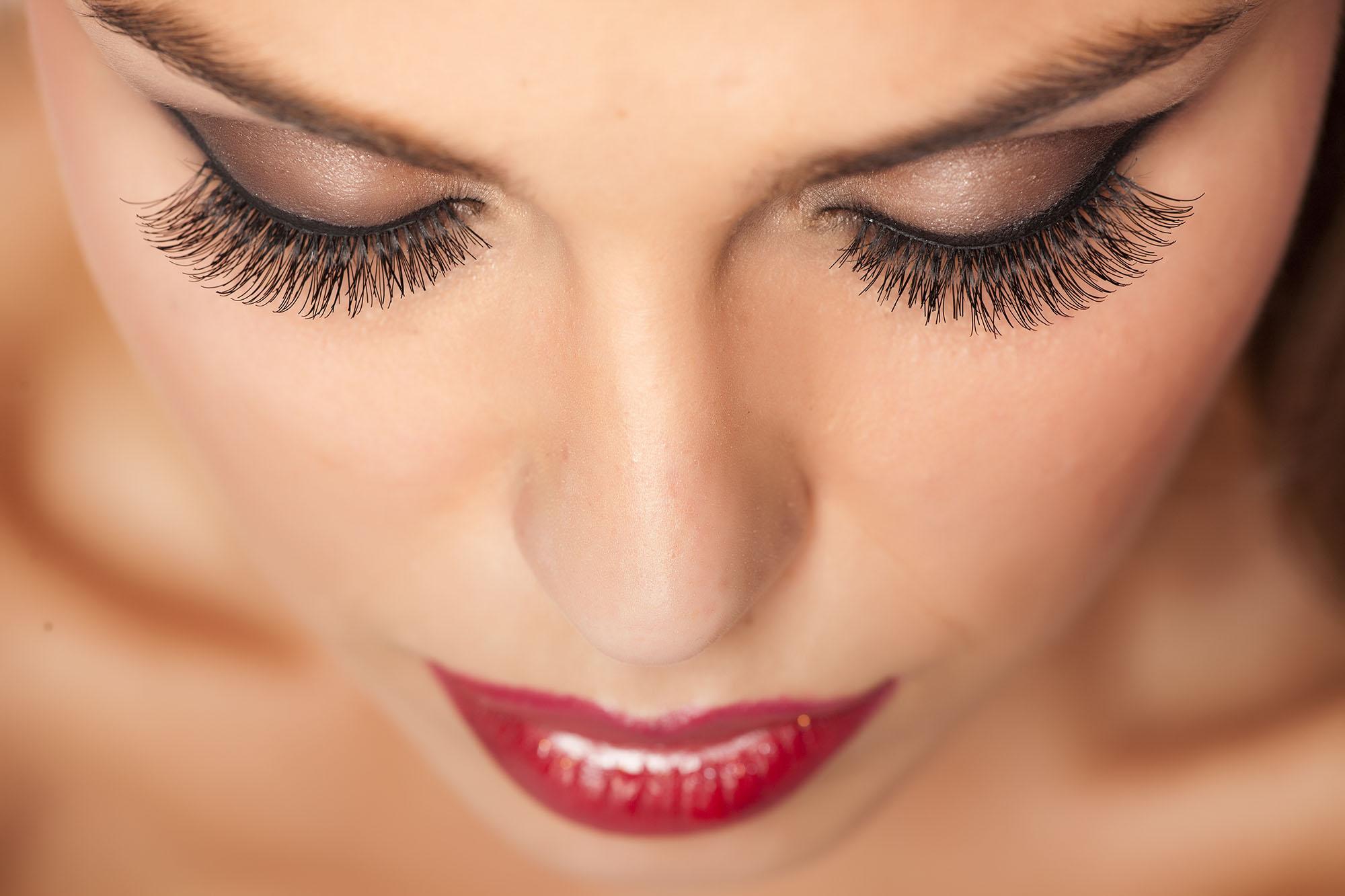 Odżywki do wzmocnienia rzęs | Blog kosmetyczny e-pomadka.pl