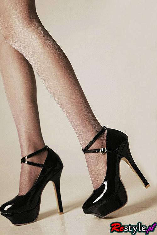 Buty na wysokim obcasie - czarne