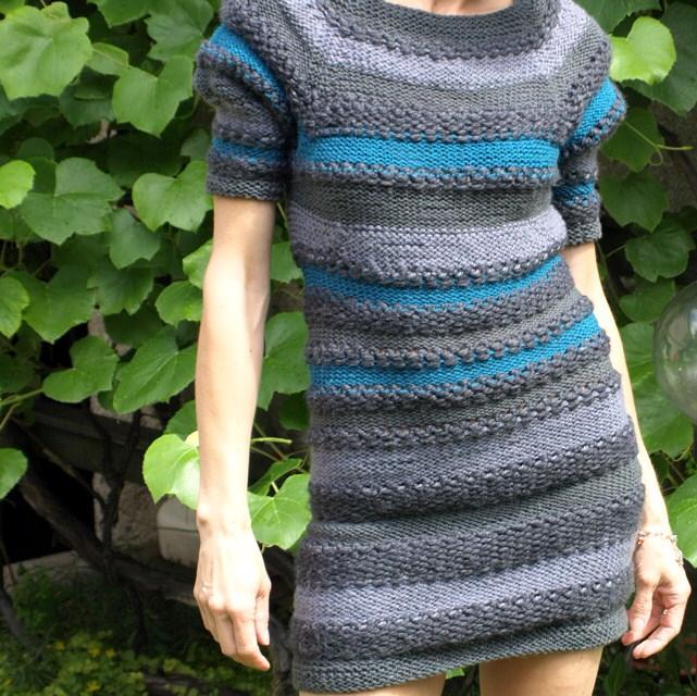Swetro-sukienka