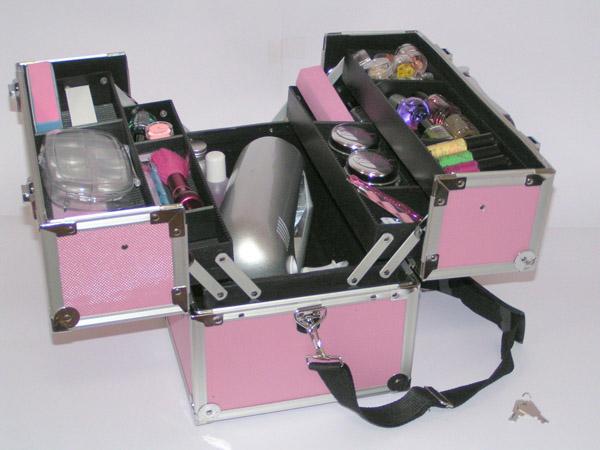 Kuferek kosmetyczny :)