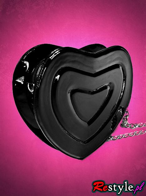 czarna torebka serce serduszko kuferek na łańcuszku