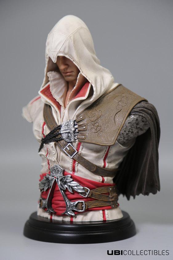 Ezio Auditore UBICOLLECTIBLES Figurka