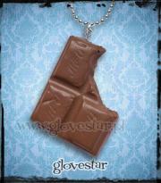 Naszyjnik z czekoladą