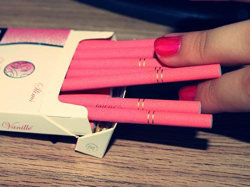 Dozywotni zapas papierosow.
