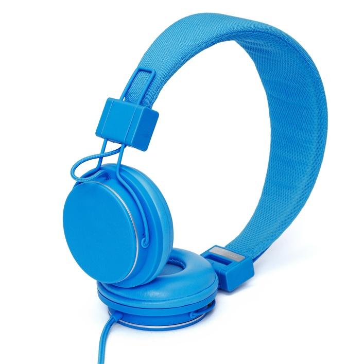 Niebieskie słuchawki