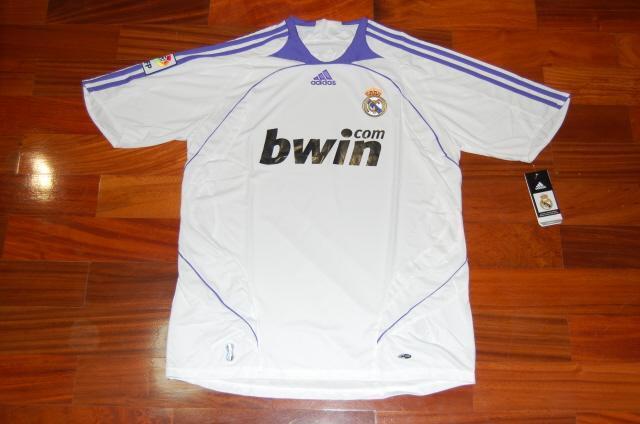 Koszulka Realu Madryt z Własnym nazwiskiem