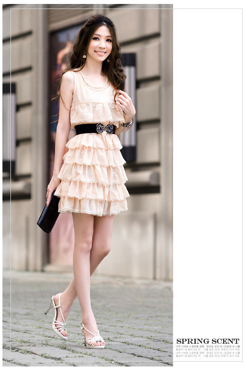 Beżowa sukienka Japan Style