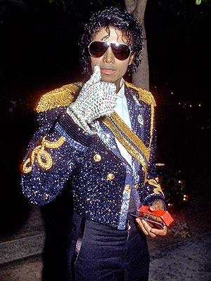Przywrócić życie królowi popu Michaelowi Jacksonowi.