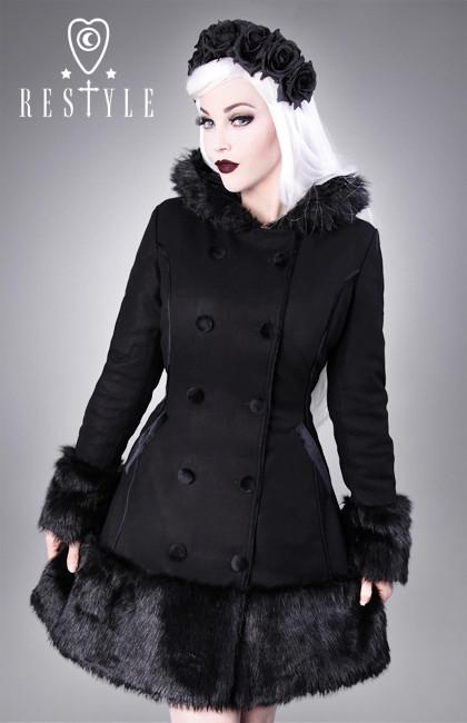 Gotycki płaszcz zimowy
