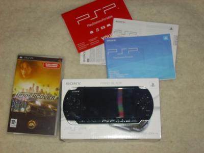 Konsola SONY PSP 3004 Slim&Lite+4GB+Akcesoria