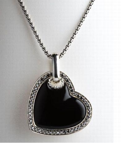 Naszyjnik z czarnym sercem