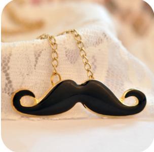 Naszyjnik japan style czarne wąsiki wąs