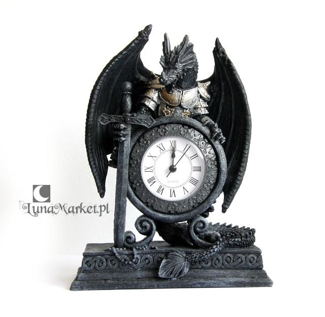 stylowy zegar Smok w Zbroi w stylu Gothic Fantasy
