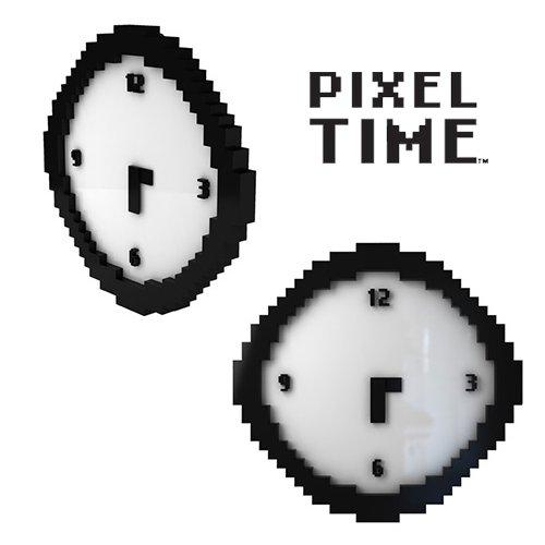 Pixelowy zegar na sciane
