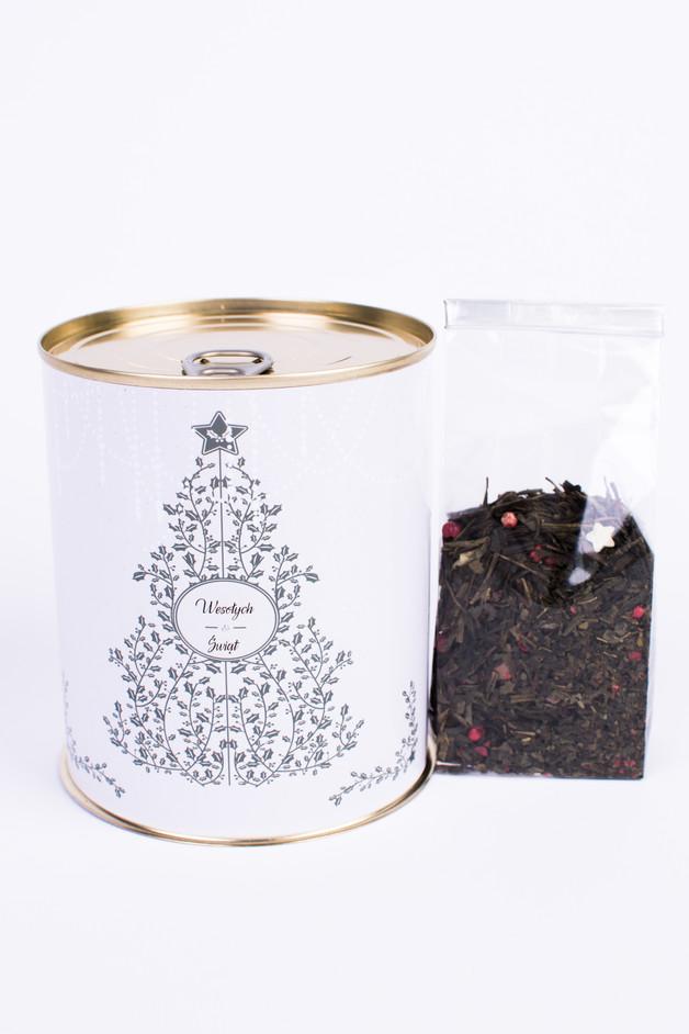 Świąteczna puszka z zimową herbatą