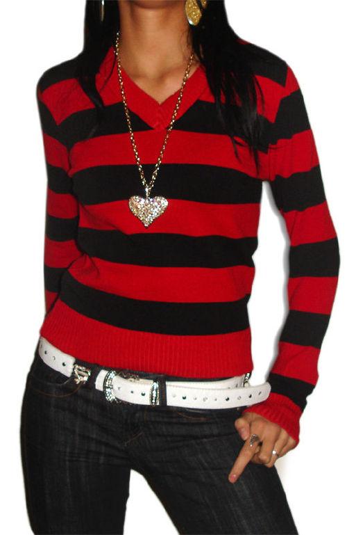 Sweterek w czerwono - czarne paski