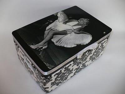 Kuferek z Marilyn Monroe