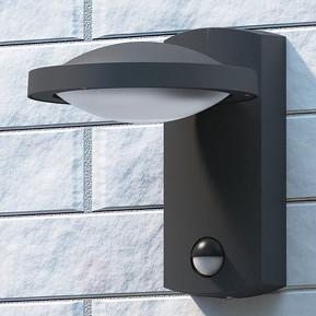 Lampa LED z czujnikiem ruchu