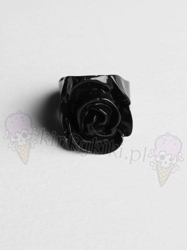 pierścionek RÓŻA czarna