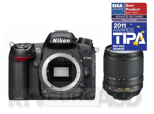Nikon D7000 + 18-105 mm ED VR Kit
