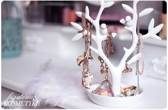drzewko na biżuterie - koniecznie BIAŁE