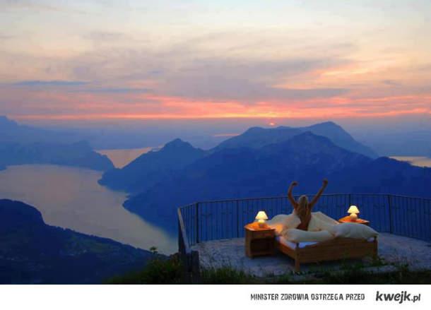 Romantyczna randka w romantycznym miejscu ;)