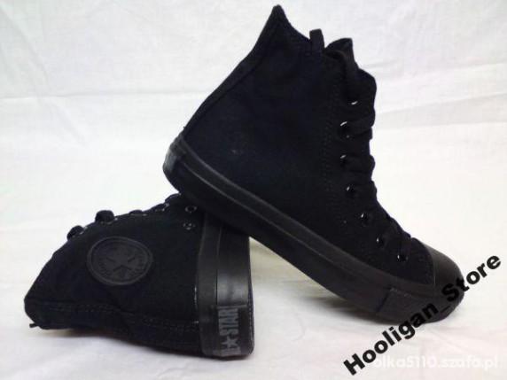 Converse Black