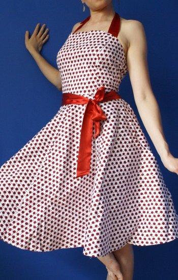 Sukienka w wisieńki