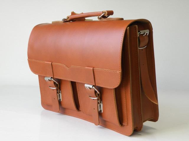 3 w 1 - teczka, torba, plecak z naturalnej skóry - JUCHT 0190