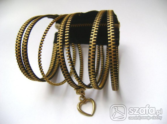 bransoletka z zamka