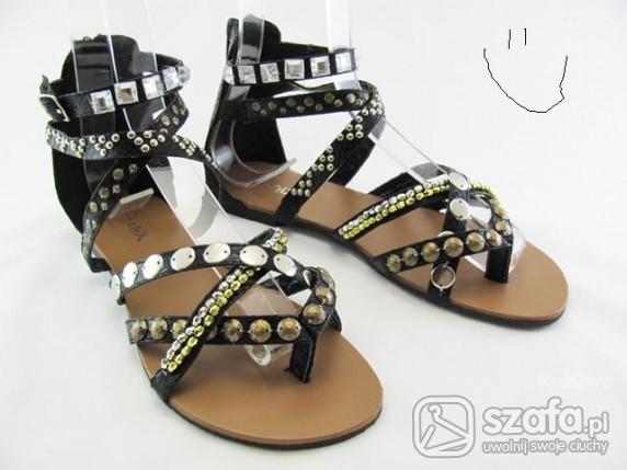 Rzymianki,sandały.