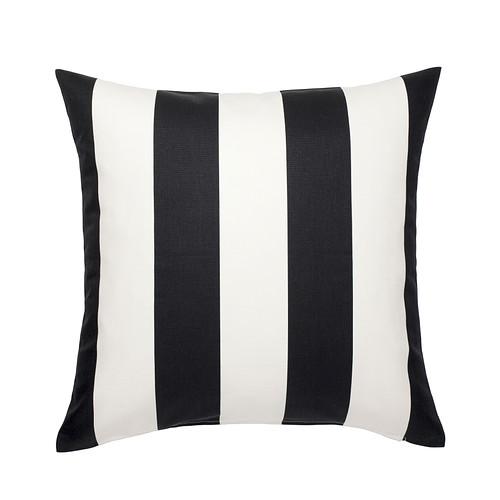 Czarno-biała poduszka