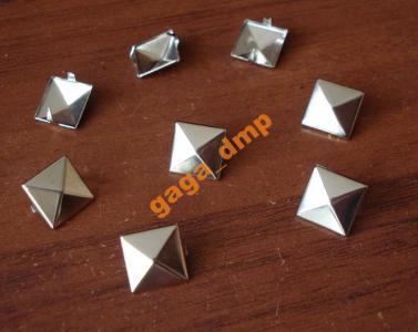 metalowe ĆWIEKI PIRAMIDKI