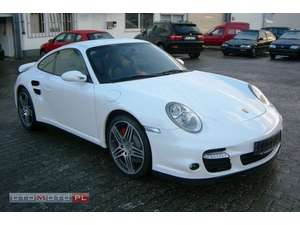 samochód Porsche 911