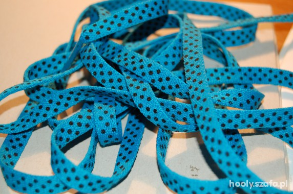 Niebieskie sznurówki