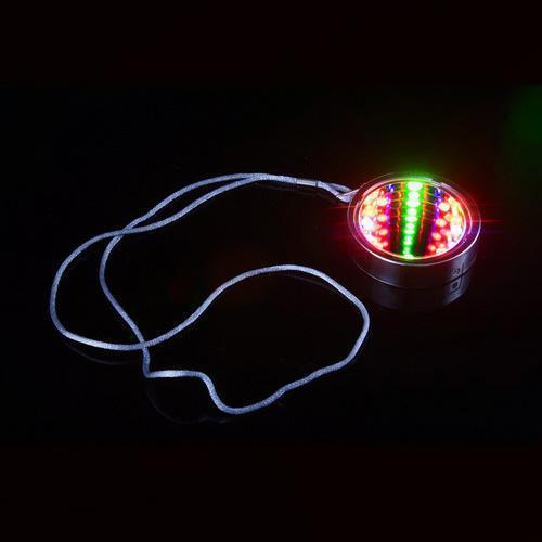 Świecący naszyjnik - tunel
