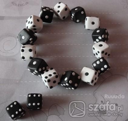 biżuteria z kostek do gry