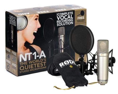 Mikrofon i słuchawki studyjne