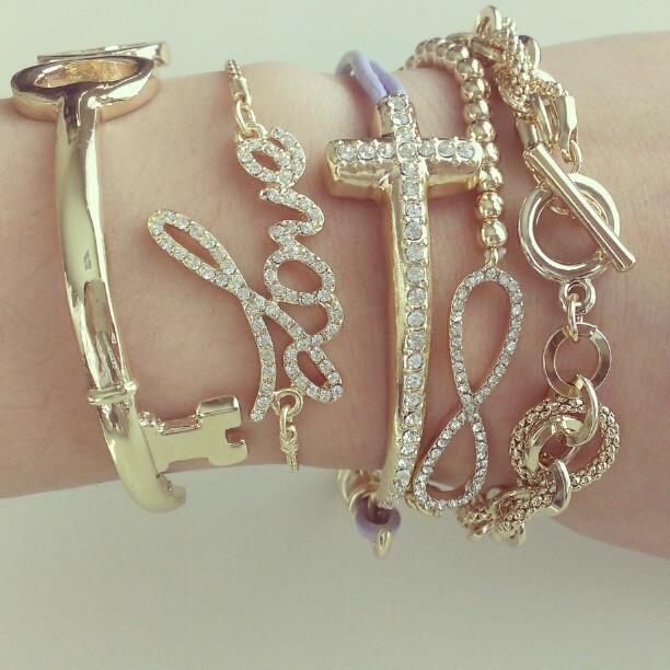 Delikatna biżuteria