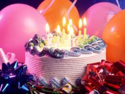Tort na urodzinki spełnia marzenia.