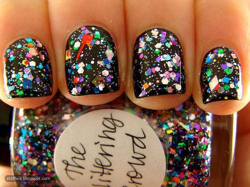 glitter paznokcie