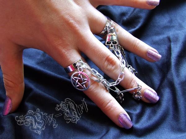 Pierścionek na dwa palce Gothic/Punk