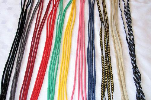 Całe szafy sznurówek ! :D