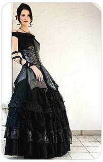 Czarna suknia VIP