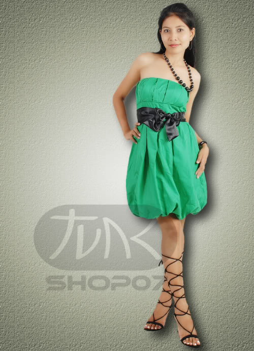 Zielona sukienka bombka