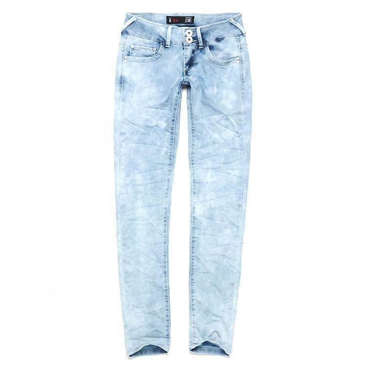 jasno dżinsowe spodnie