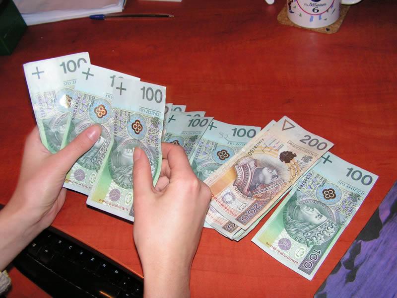 Kasa, Pieniądze