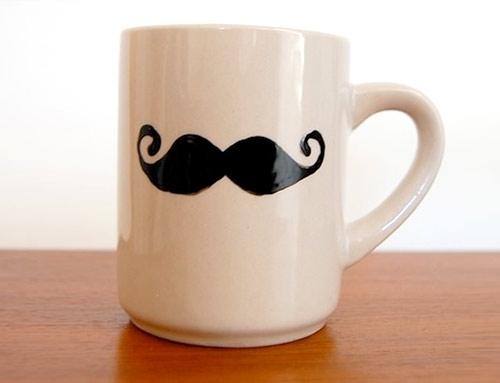 Kubek z wasami (moustache)