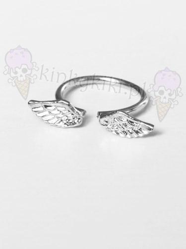 pierścionek SKRZYDEŁKA srebrny